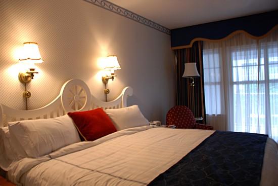 Standard room in Disney's Yacht Club Resort